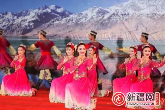 【2018喀什胡杨节】2018中国新疆喀什丝路文化胡杨节开幕 喀什三地分设会场共迎八方游客