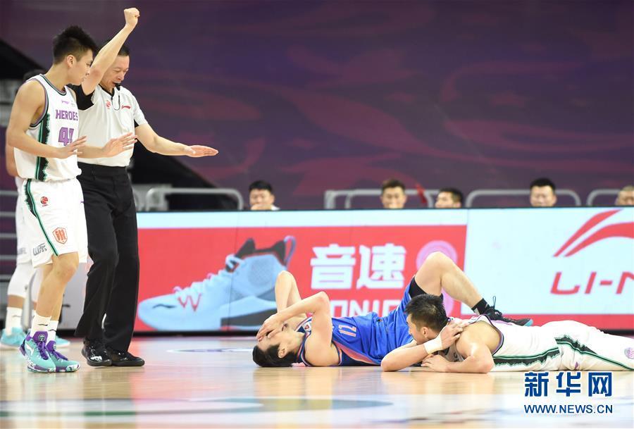 (体育)(6)篮球——CBA复赛第一阶段:山东西王胜四川五粮金樽