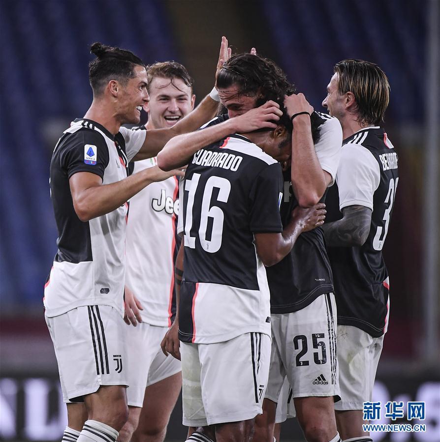 (体育)(8)足球——意甲:尤文图斯胜热那亚